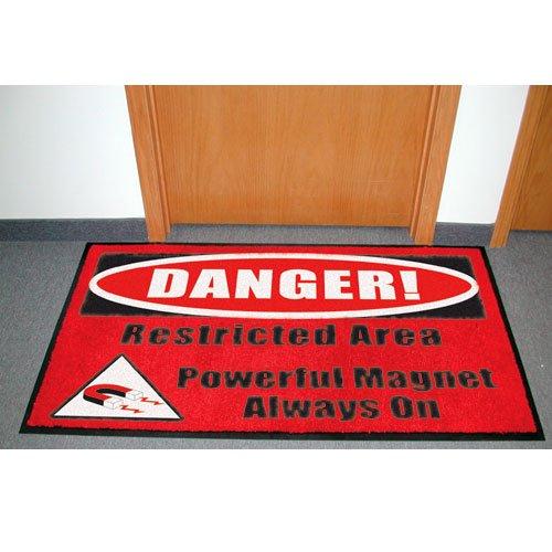 MRI Carpet Warning Sign