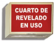 Spanish Darkroom In Use Illuminated Sign